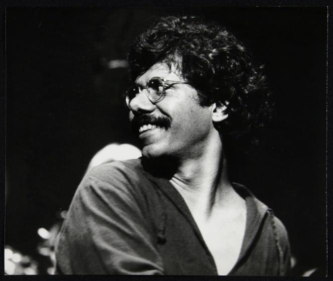 Chick Corea en concert, en avril 1978, au Finsbury Park Odeon, à Londres.
