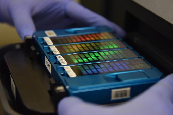 Séquençage d'ADN dans un laboratoire chinois, à Pékin, en 2018.