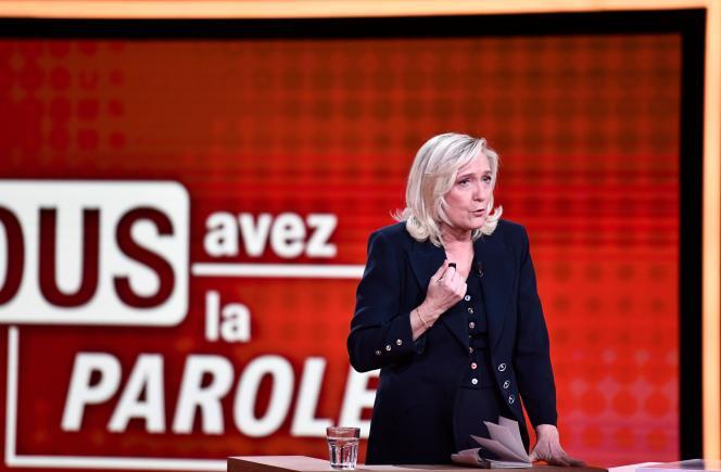Marine Le Pen, chef du parti d'extrême droite Rassemblement national (RN), à Saint-Cloud (Hauts-de-Seine), le 11 février.