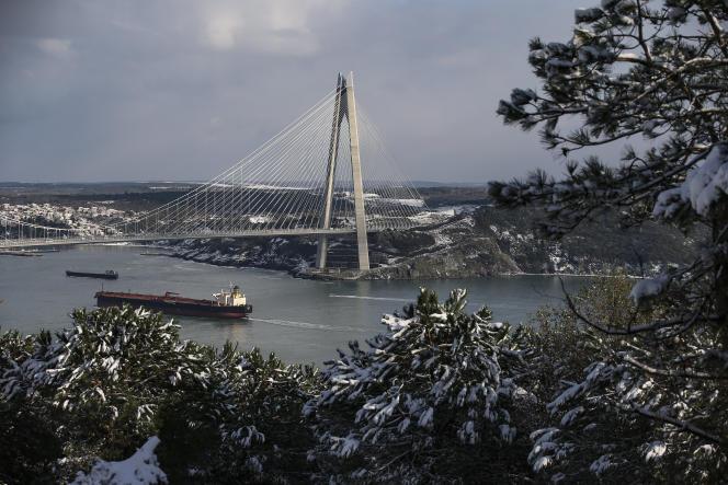Le pont Yavuz Sultan Selim, à Istanbul (Turquie), le 18 janvier 2021.