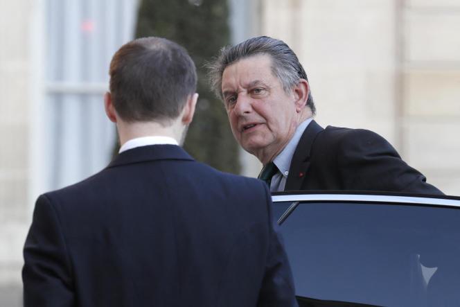 Le 21 avril 2017, Jean-Pierre Jouyet, alors secrétaire général de la présidence de la République sous François Hollande, arrive à l'Elysée.
