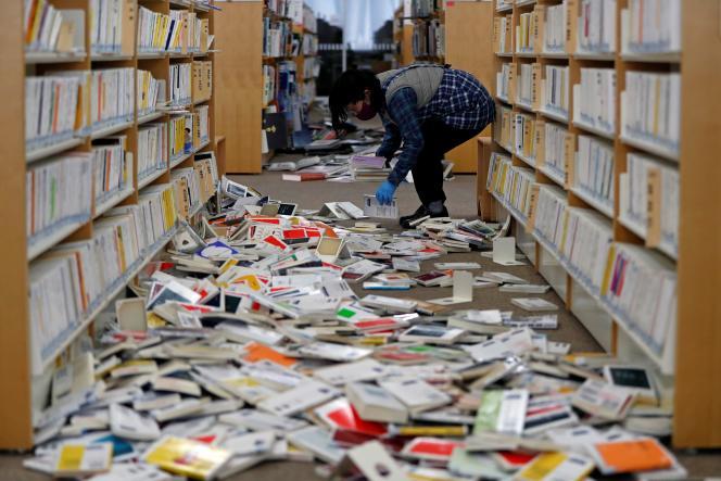 A la bibliothèque de la ville d'Iwaki, préfecture de Fukushima (Japon), le 14février.