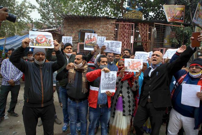 Manifestation contre la série «Tandav», décriée par les nationalistes pour sa représentation jugée offensante des divinités hindoues, le 18 janvier 2021, à New Delhi.