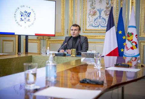 Emmanuel Macron, président de la république, participe à une réunion du G5 Sahel en visioconférence depuis le Palais de l'Elysée à Paris, lundi 15 février 2021 - 2021©Jean-Claude Coutausse pour Le Monde