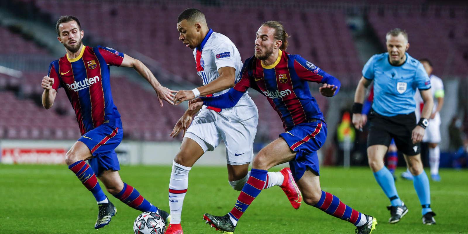 Kylian Mbappé a inscrit un triplé et porté Paris à la victoire, à Barcelone.