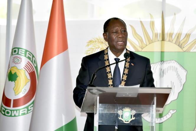 Le président ivoirien Alassane Ouattara à Abidjan, le 14 décembre 2020.