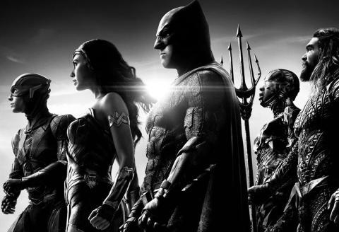Zack Snyder's Justice League sortira le 18 mars sur HBO Max. Une version en noir et blanc du film «Justice League» sera diffusée sur HBO Max. Zack Snyder considère que cette «Justice is Gray Edition» propose la meilleure expérience possible de son film.