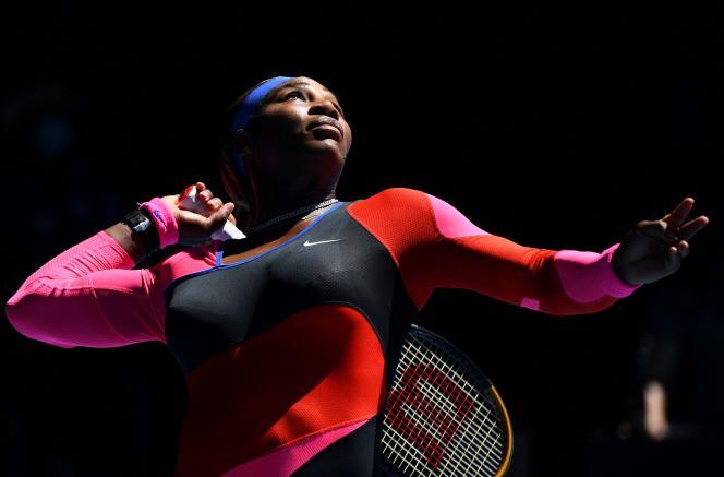 Serena Williams lors de la demi-finale de l'Open d'Australite contre Naomi Osaka, à Melbourne, le 18février.
