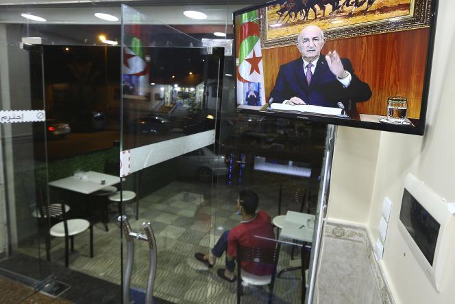 « Nous avons retiré le projet en raison de son interprétation erronée », a déclaré le président, Abdelmadjid Tebboune, lors d'une interview télévisée, dimanche soir.
