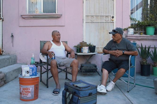 Sergio et Richard dans «On the Line, les expulsés de l'Amérique»,d'Alex Gohari et Léo Mattei.