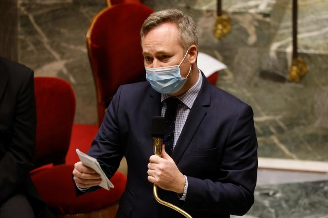 Jean-Baptiste Lemoyne, secrétaire d'Etat représentant le ministre des affaires étrangères lors des débats à l'Assemblée,le 9 février.