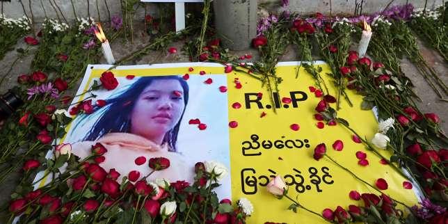 En Birmanie, les funérailles delapremière victime delarépression militaire, au lendemain de violences meurtrières