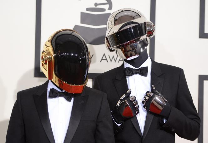 Le groupe Daft Punk a remporté cinq Grammy Awards en 2014 après leur album