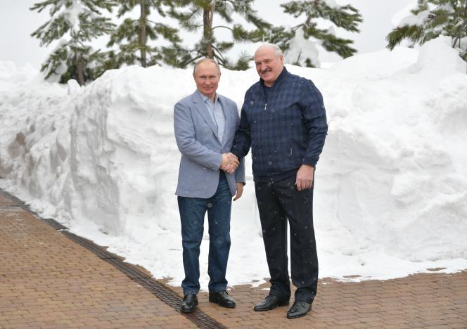 El presidente ruso y bielorruso Vladimir Putin y Alexander Lukashenko en Sochi el 22 de febrero de 2021.