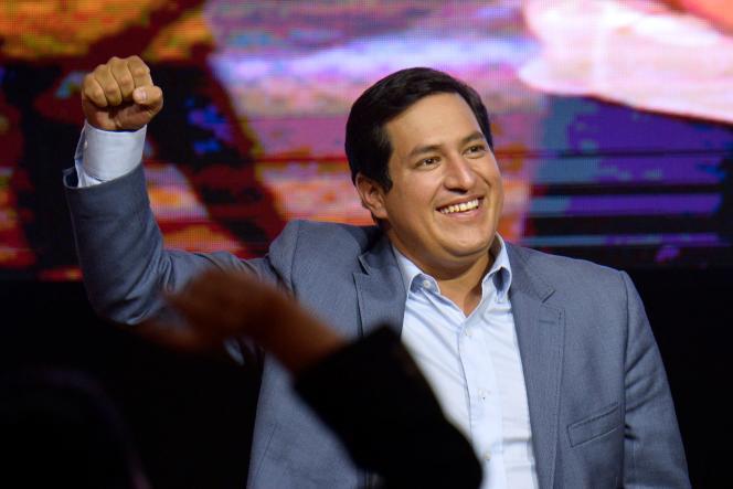 Andres Arauz, candidat à l'élection présidentielle , le 7 février 2021, lors d'une conférence de presse à Quito.