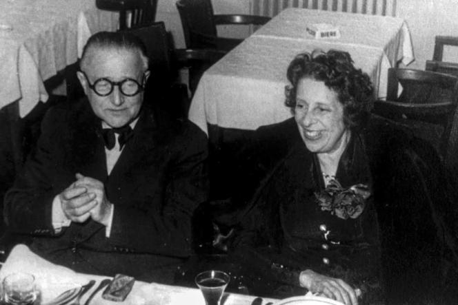 Lotte Eisner avec l'acteur, réalisateur et scénariste Fritz Lang.