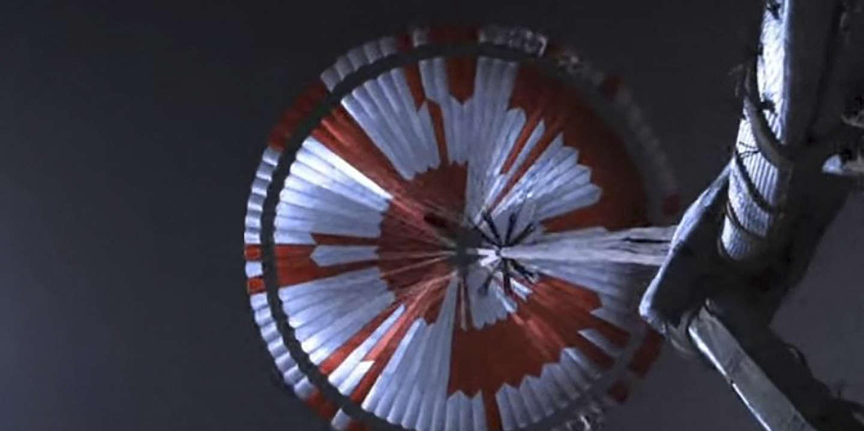 Dans le parachute du rover de la NASA sur Mars, un message caché, puis déchiffré - Le Monde
