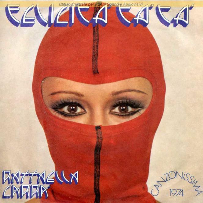 Pochette de l'album« Felicita ta ta » (1974), de Raffaella Carra. Andrea Lo Vecchio signe la moitié des morceaux, dont les plus célèbres:«Rumore»,«Superman», «Tabù»,«Si ci sto»…