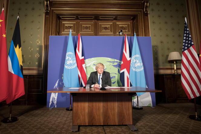 Le premier ministre britannique, Boris Johnson, préside une session du Conseil de sécurité de l'ONU sur le climat et la sécurité en visioconférence, le 23 février 2021.