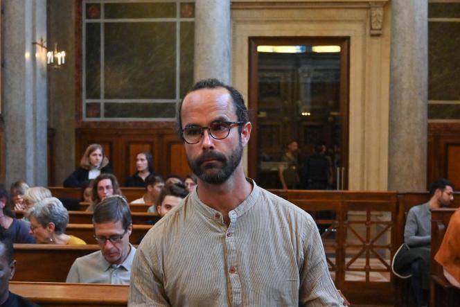 Cédric Herrou, le 11 mars 2020, au tribunal de Lyon.