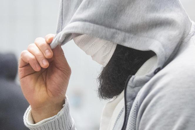 Ahmad Abdulaziz Abdullah A., lors de son procès, le 24 février 2021 à Celle (Allemagne).