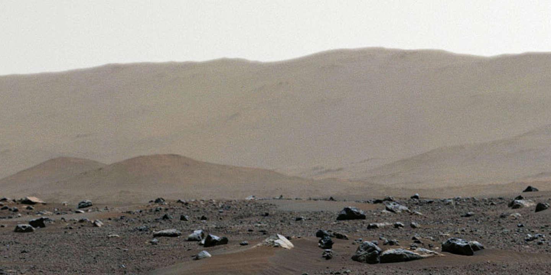 La NASA publie une photo panoramique impressionnante de Mars - Le Monde