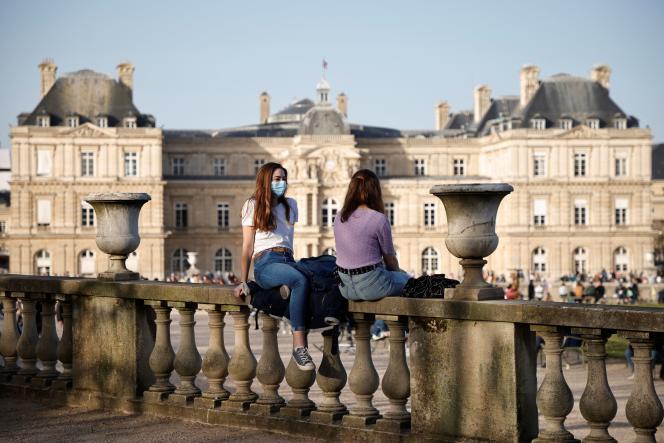 Au jardin du Luxembourg, à Paris, le 24 février.