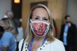 Une partisane de Donald Trump, lors de la Conservative Political Action Conference, le 28 février à Orlando (Floride).