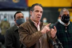 Le gouverneur de New York, Andrew Cuomo, lors d'une conférence de presse à New York, le 22 février 2021.