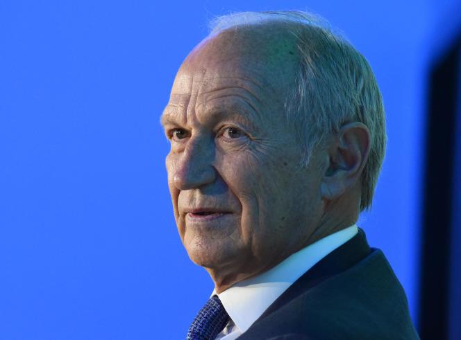 Le PDG de L'Oréal, Jean-Paul Agon, cédera, le 1er mai, à Nicolas Hieronimus son fauteuil de directeur général, tout en conservant la présidence.A Paris, en janvier 2020.