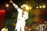 Le 6 février 2005, Bunny Wailer se produit au concert One Love pour célébrer le 60e anniversaire de Bob Marley, à Kingston, en Jamaïque.