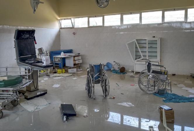 Une clinique pillée et vandalisée à Zana, est vue dans la région de Tigray, dans le nord de l'Éthiopie, le mardi 9 février 2021.