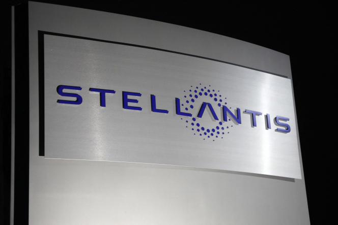 Logo de Stellantis, le 19 janvier 2021, à Auburn Hills, dans l'Etat du Michigan (Etats-Unis).
