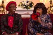 « TontonKevin»et Debbie Bernard dans la télé-réalité«Buried by the Bernards» (saison 1, épisode 6).