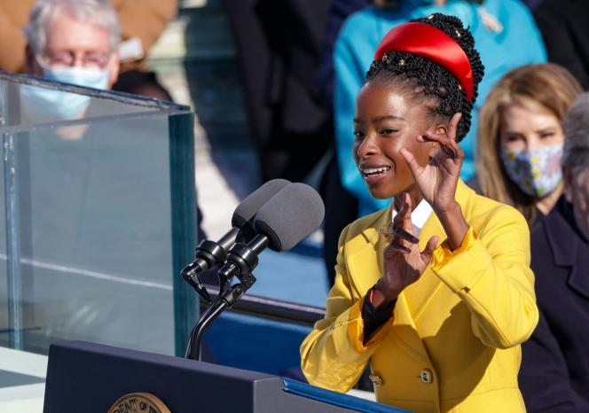 Amanda Gorman, le 20 janvier 2021, lors de la cérémonie d'inauguration de Joe Biden.