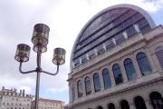 La façade de l'Opéra de Lyon, en février 2000.