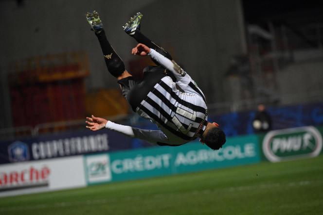 Noah Fatar, buteur pour Angers, dimanche, au stade Raymond Kopa.
