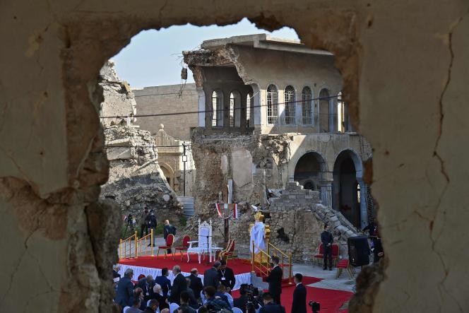 Las ruinas de la Iglesia de la Inmaculada Concepción (Al-Tahira Al-Kubra), en Mosul, el 7 de marzo.