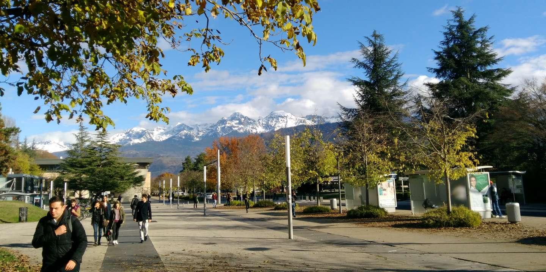 A Sciences Po Grenoble, des accusations d'islamophobie contre deux professeurs et une enquête pour « injure publique » - Le Monde