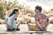 Andy Samberg et Cristin Milioti dans«Palm Springs» (2021), de Max Barbakow.