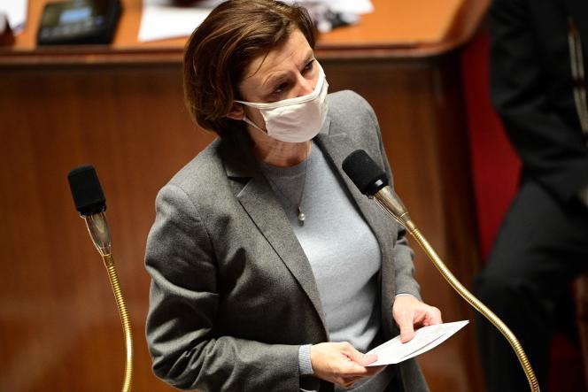 وزیر نیروهای مسلح ، فلورانس پارلی ، در مجلس شورای ملی در پاریس ، سه شنبه ، 9 مارس.