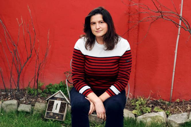Elise Van Beneden, la fondatrice d'Anticor, à son domicile d'Aubervilliers (Seine-Saint-Denis), le 4 mars.