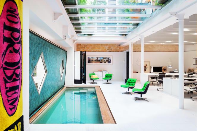 Les nouveaux locaux de l'agence Al Dente avec sa piscine.