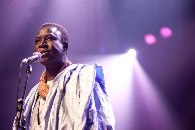 Thione Seck en concert au Holland Festival, à Amsterdam, le 12 juin 2011.
