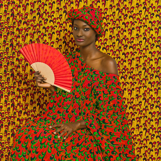 """""""Aminata"""", series """"Le Studio des vanités"""", by Omar Victor Diop, 2013."""