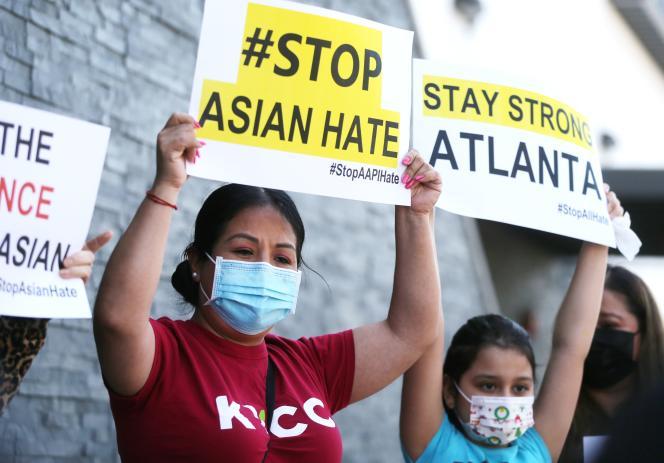 Manifestation à Koreatown, un quartier deLos Angeles, en Californie, le 19mars.