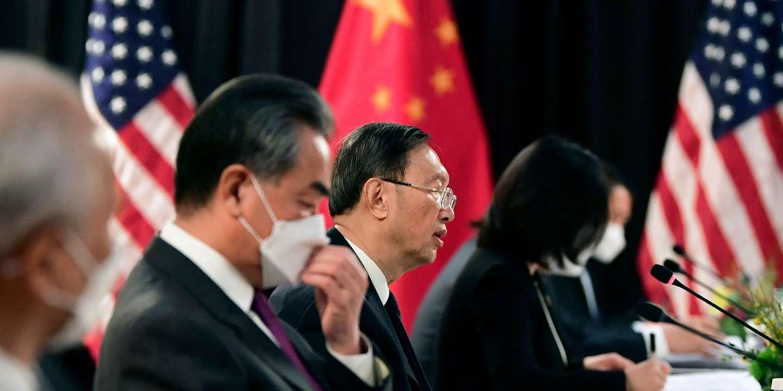 « La Chine exulte de joie, toute à la contemplation narcissique de sa puissance retrouvée »
