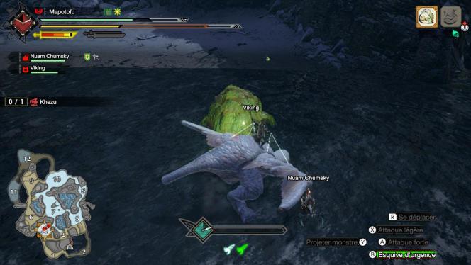 Le« filoptère» permet de chevaucher un monstre. De ce point de vue, le Khezu ressemble aussi à un poulet déplumé.