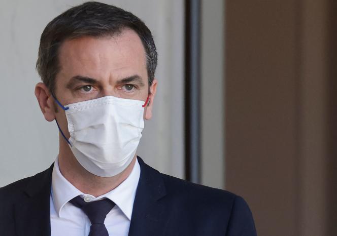 Le ministre de la santé, Olivier Véran, le 24 mars 2021 à Paris.