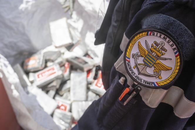 Saisie de cocaïne par la marine française au large de la Guinée, le 21 mars.